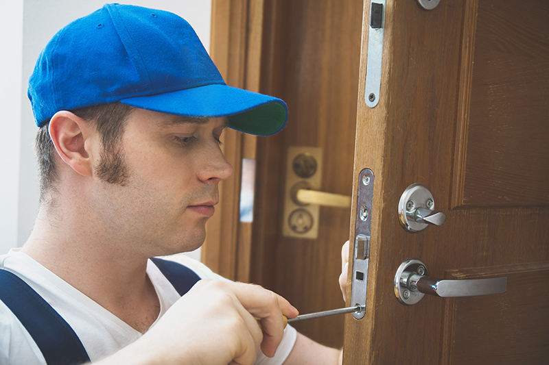 Local Locksmith in Farnborough Gloucestershire