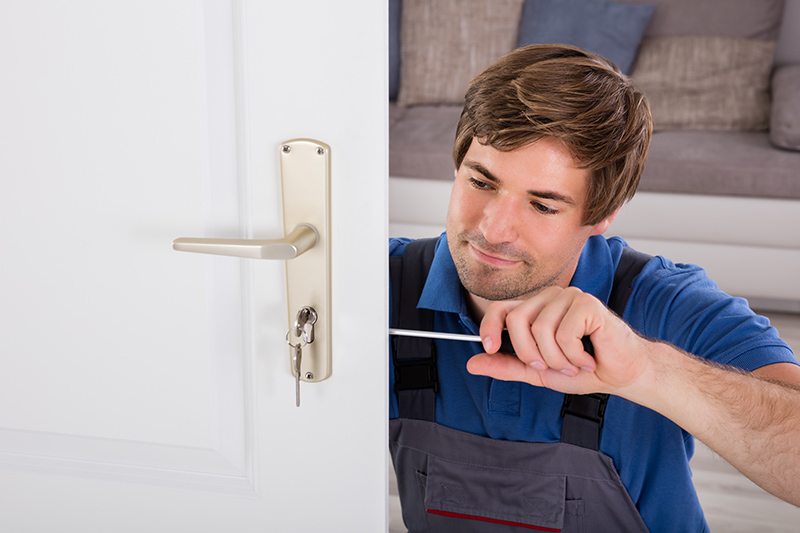 Locksmith Course in Farnborough Gloucestershire