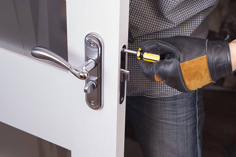 Locksmith Near Me in Farnborough Gloucestershire