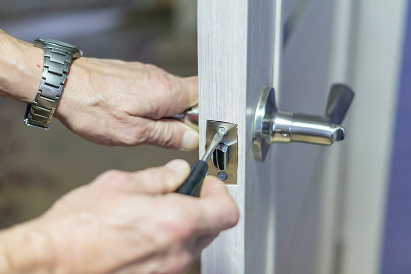 Locksmith Training in Farnborough Gloucestershire